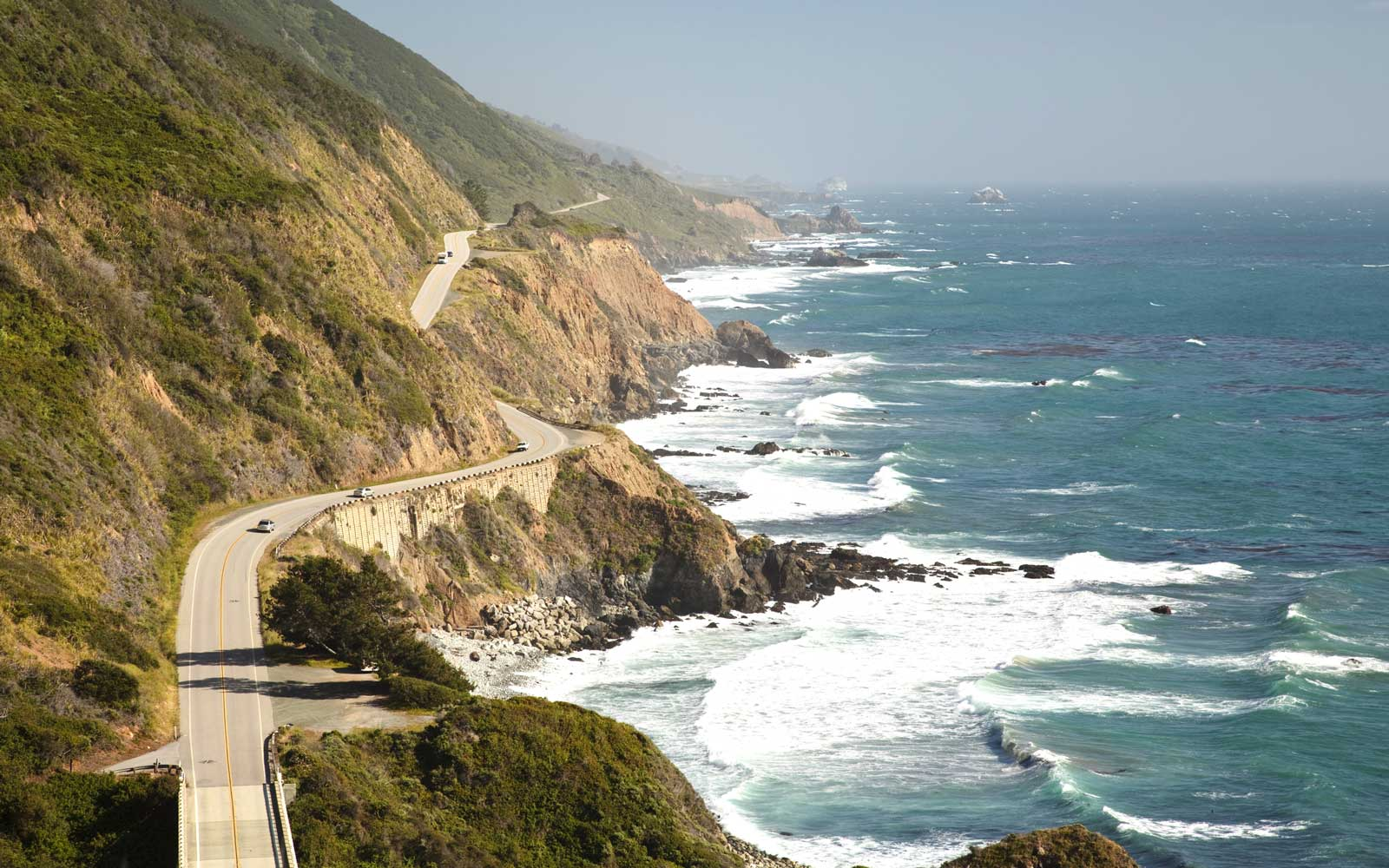 Woman Survived for 7 Days Stranded on a Beach After Driving Off 200-foot Cliff in Big Sur