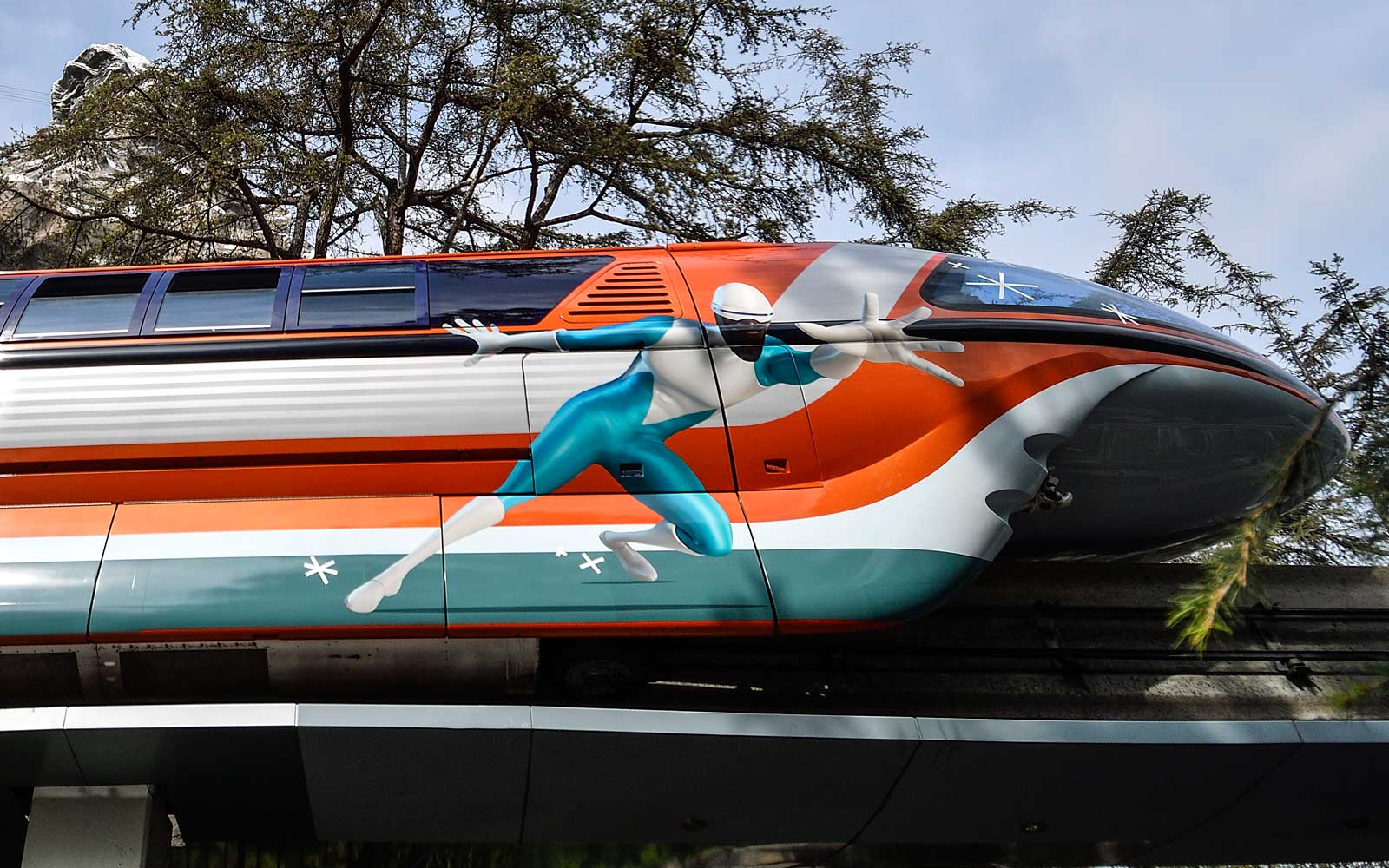 Disneyland Resort Monorail