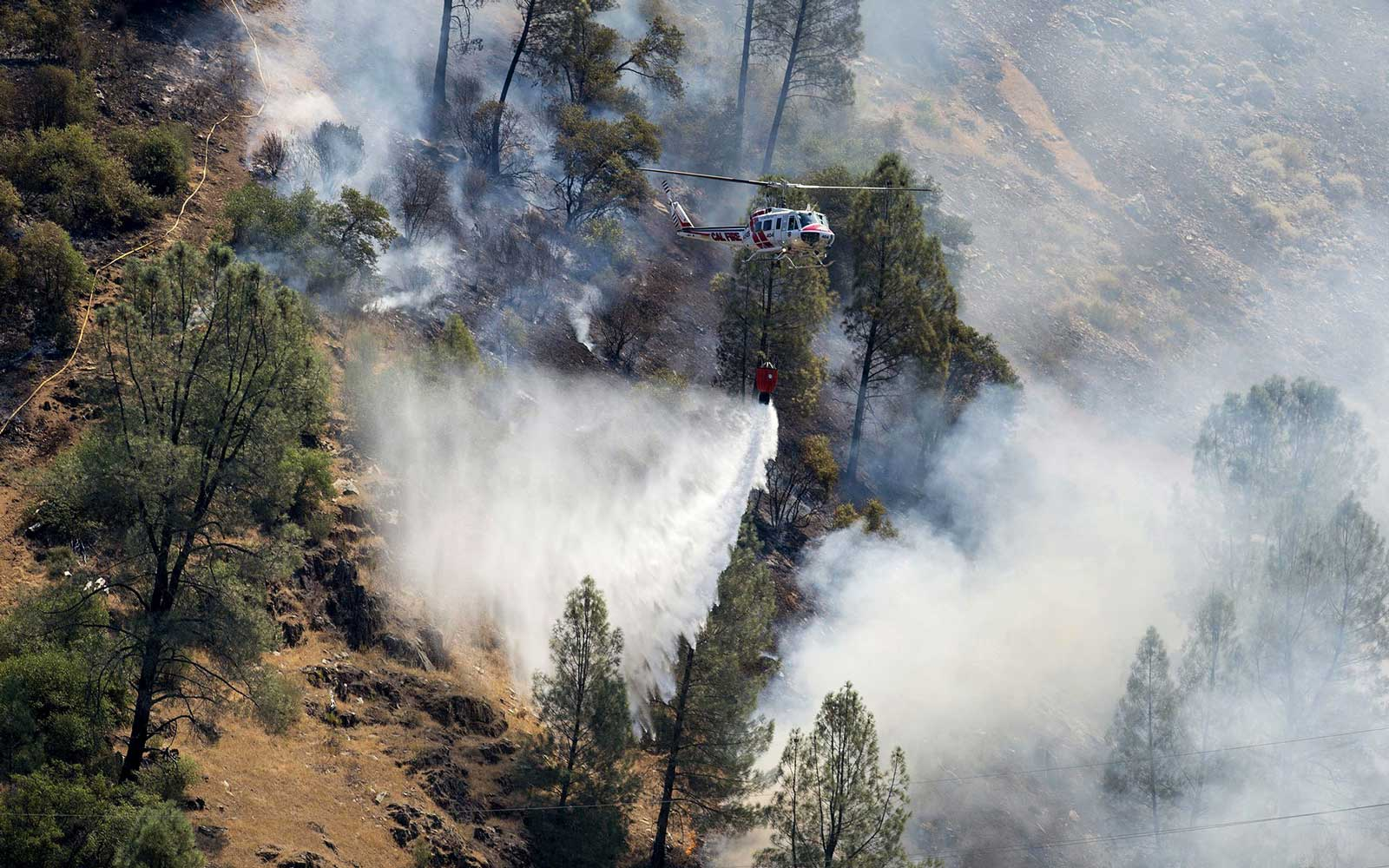 Fire Spreading Near Yosemite Doubles in Size, Has Potential to Become a 'Major Threat' to the Park
