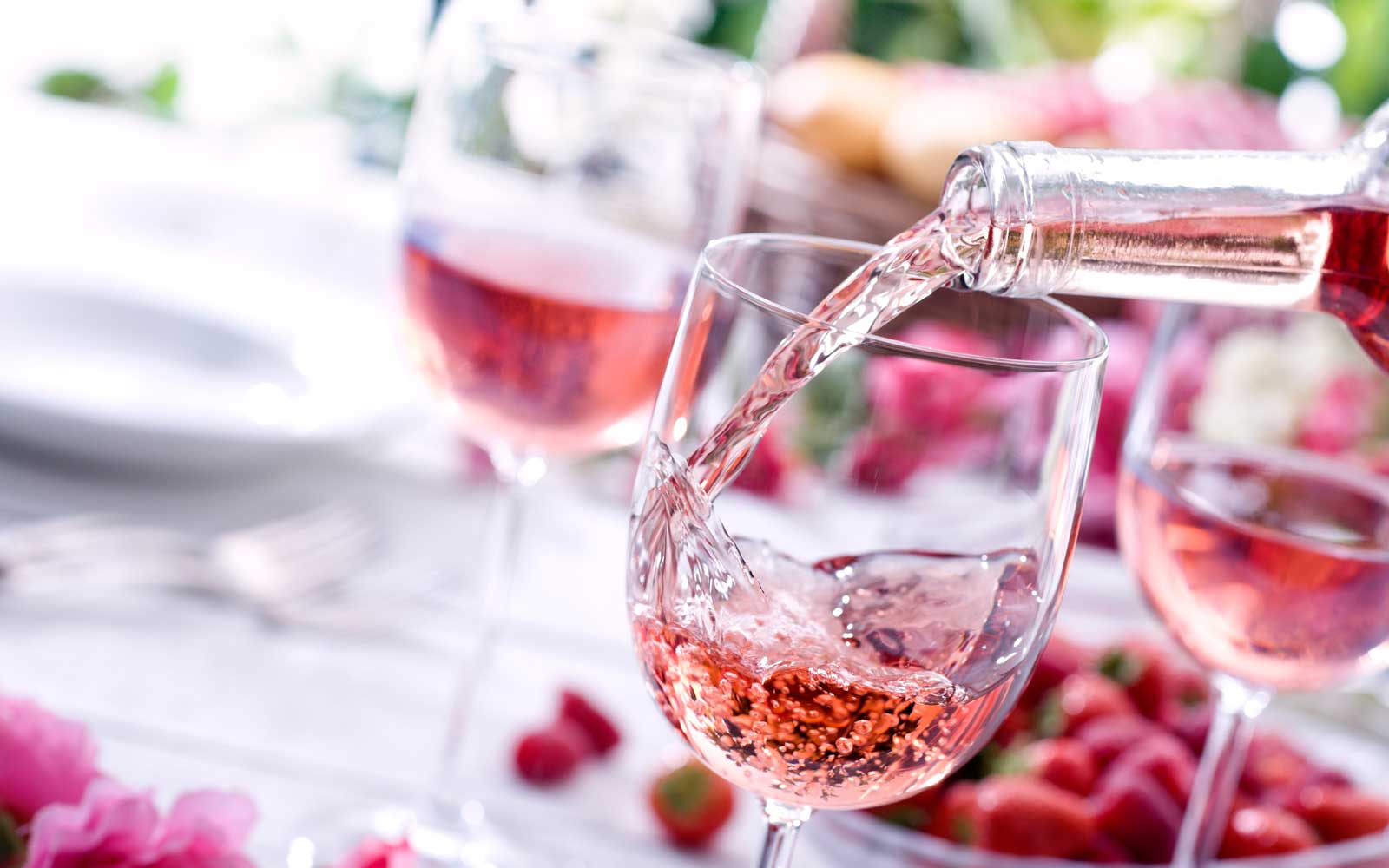 Rose Wine at Picnic