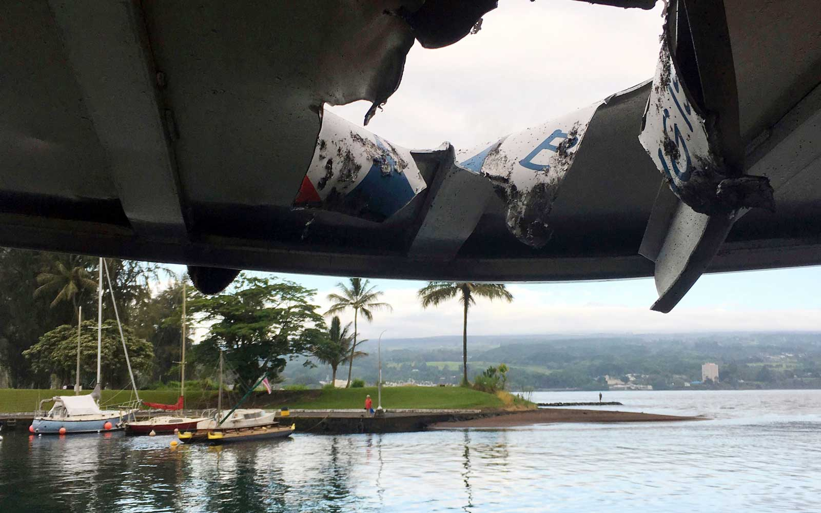 At least 23 injured after lava bomb hits boat tour in Hawaii, Hilo, USA - 16 Jul 2018