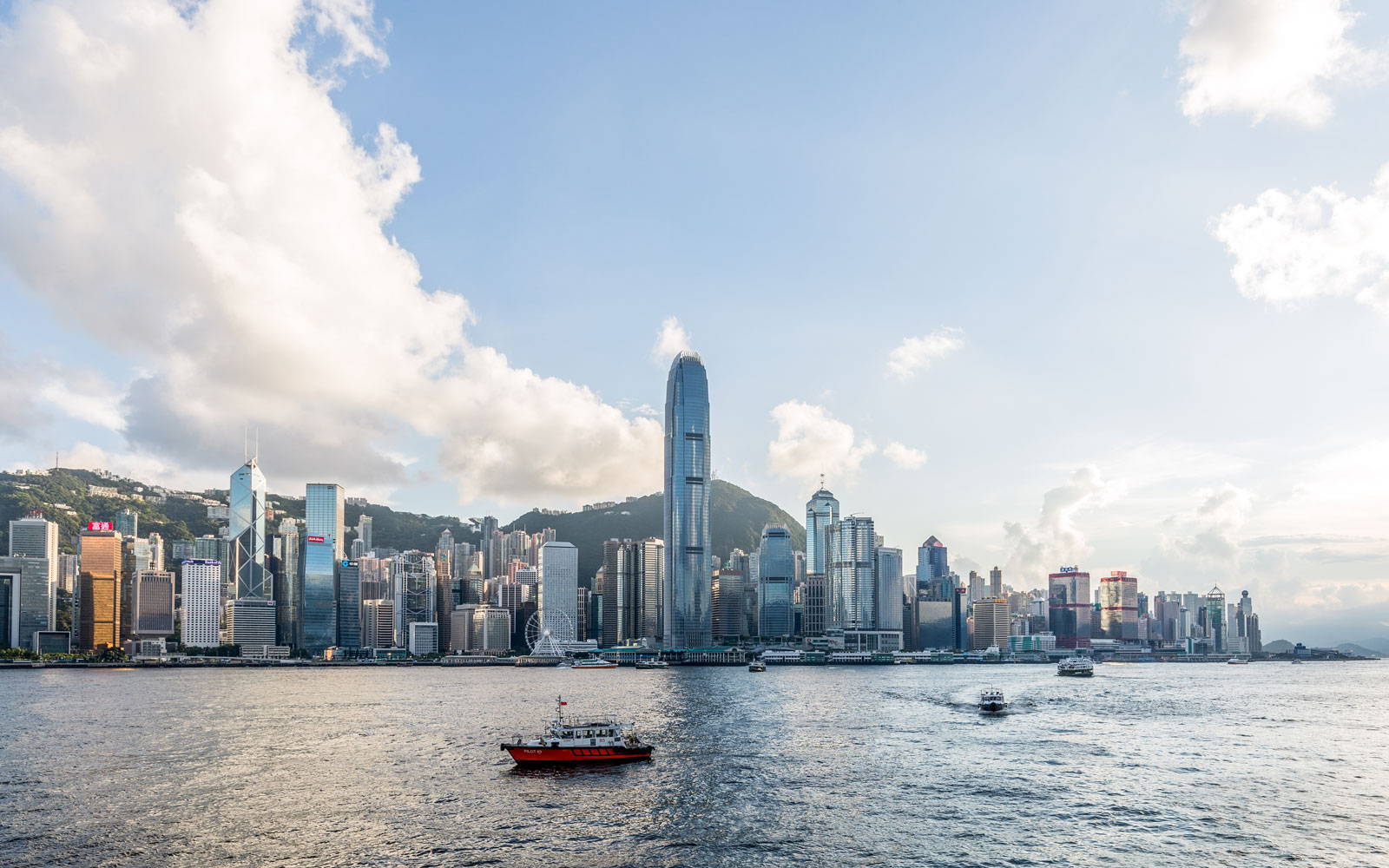 These Are the Cheapest — and Most Expensive — Cities for Expats