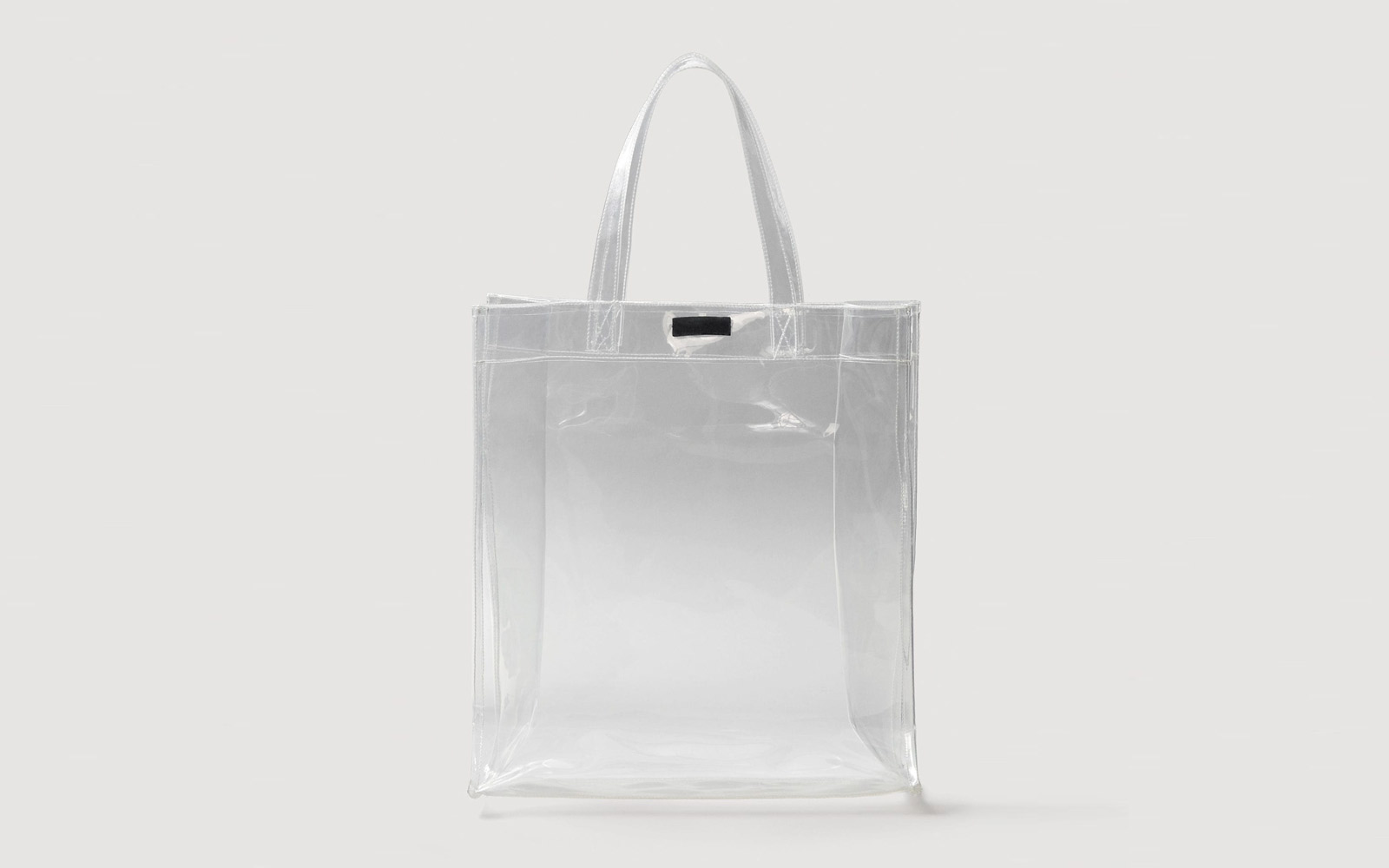 3733c9de1376 9 Clear Bags That Are Actually Stylish