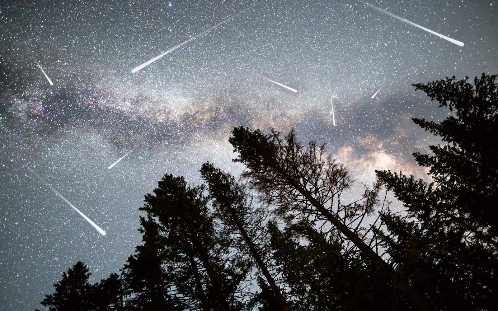 How to See Shooting Stars During the Delta Aquarids Meteor Shower