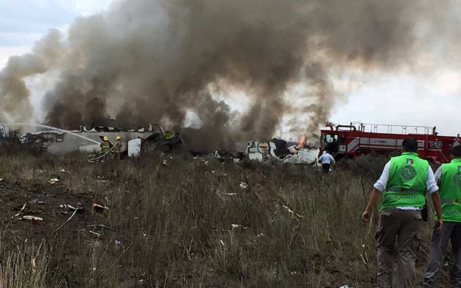 Everyone on Board During Aeromexico Crash Escaped Before Plane Erupted in Flames