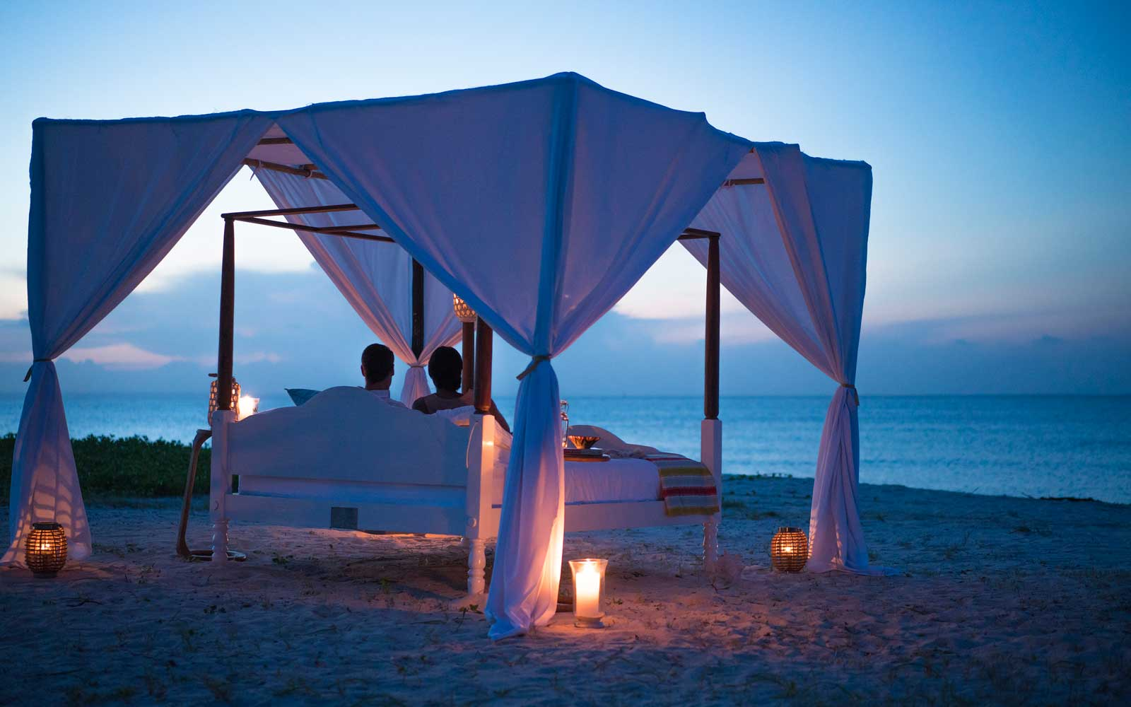 There's No Better View of the Night's Sky Than From a 'Star Bed' on an Island in the Indian Ocean