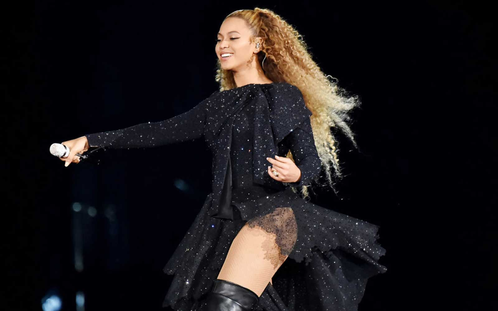 Beyoncé Is Worth $355 Million — This Is How She Spends Her Money