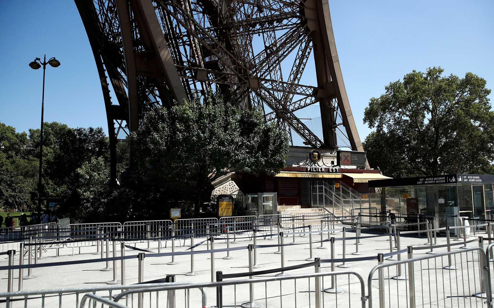 The Eiffel Tower Is Closed As Employees Strike Over New Ticketing System Causing 'Monstrous' Lines