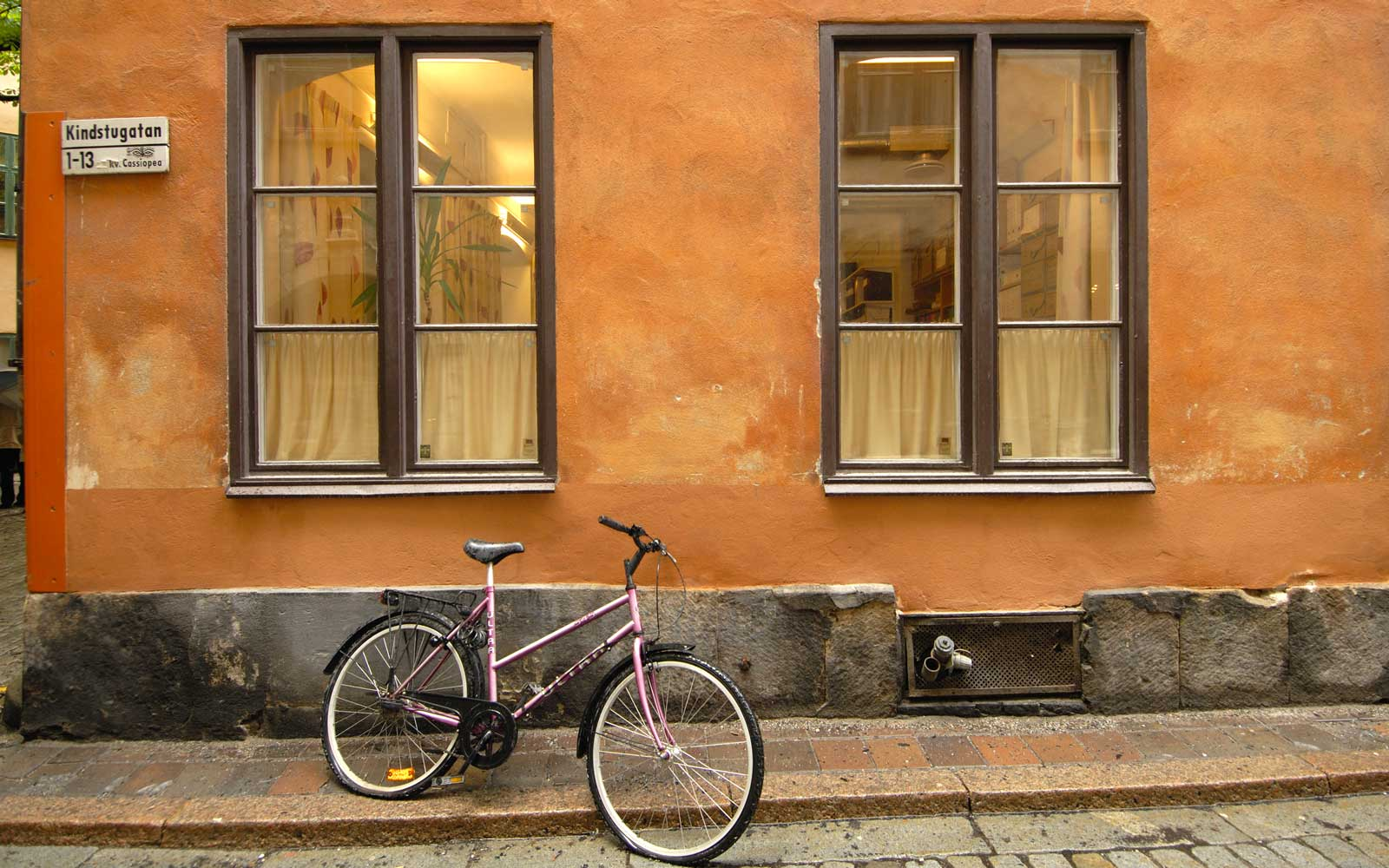 Bicycle on Kindstugatan in Gamla Stan, Stockholm