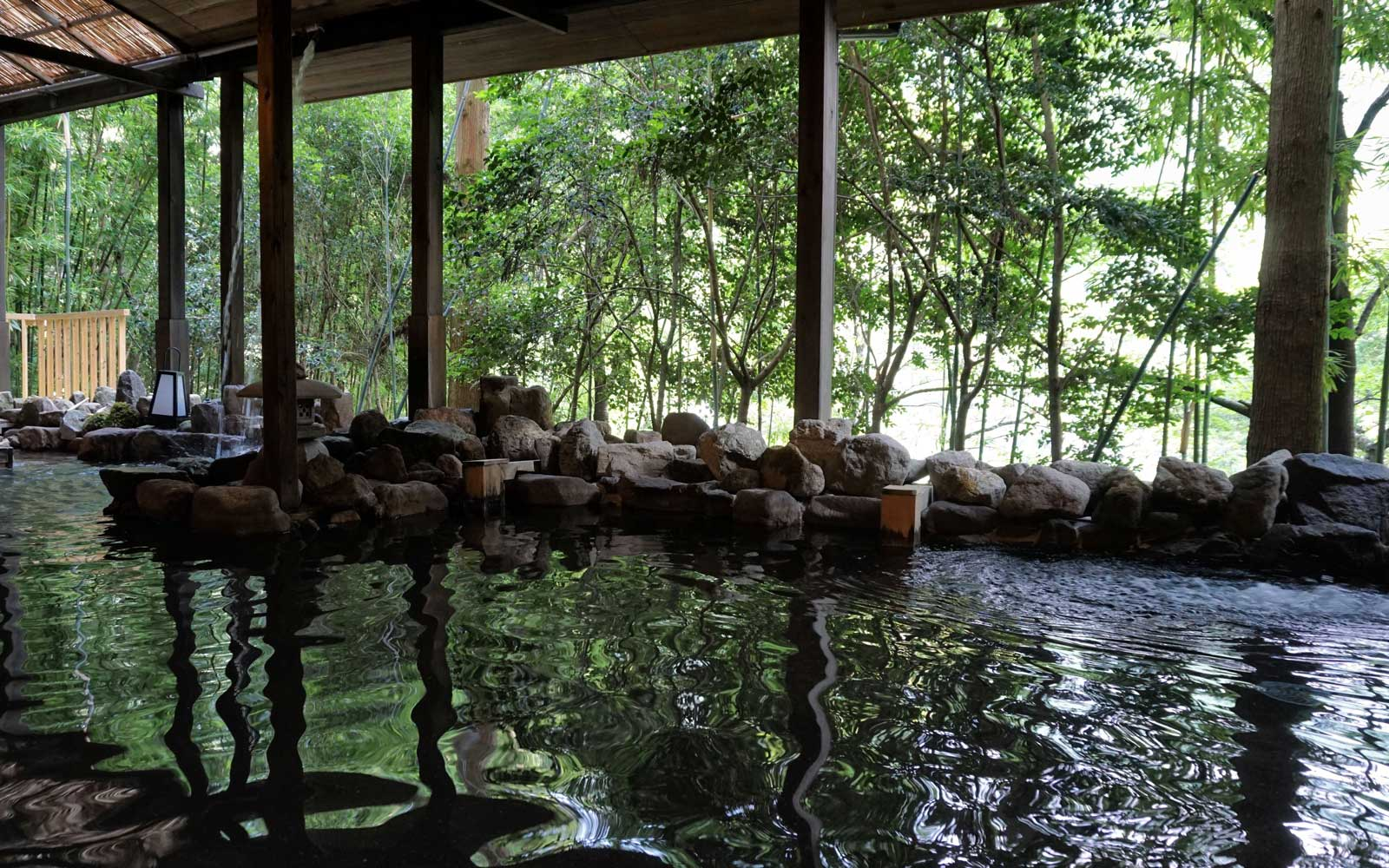 You Can Take a Bath in Craft Beer at This Resort in Japan