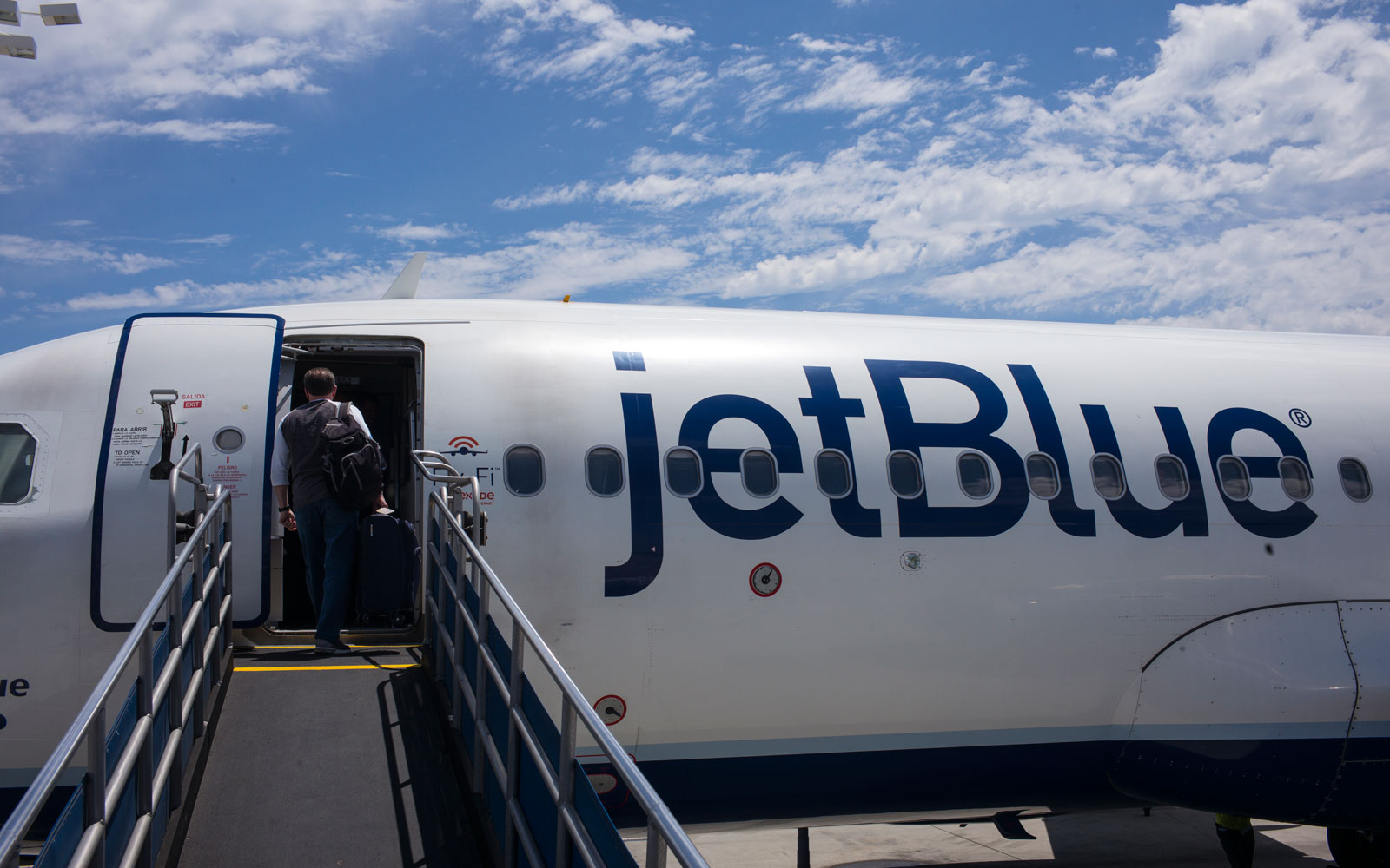 Everything You Need to Know About JetBlue's New Baggage and Flight Change Fees
