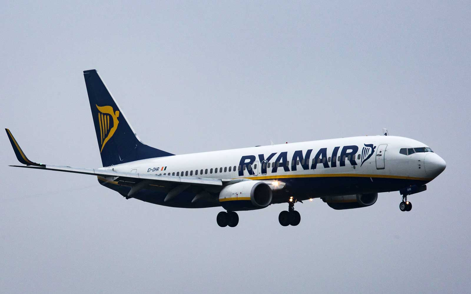 Chaos Ensues on Ryanair Flight After Phone Charger Bursts Into Flames