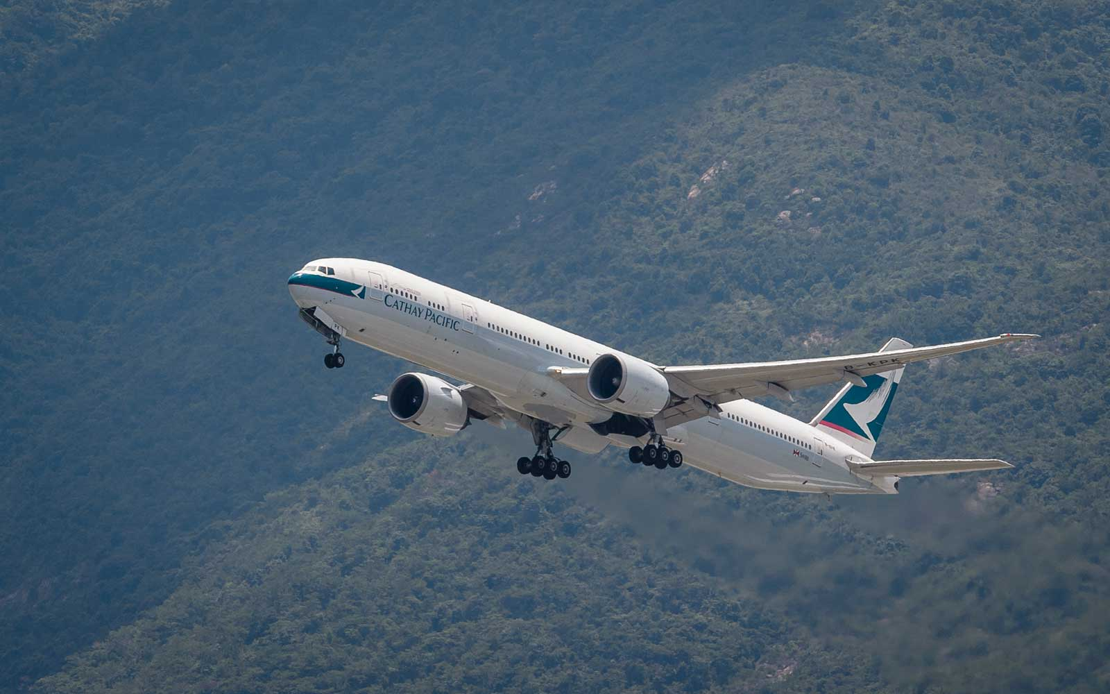 Cathay Pacific Misspelled Its Own Name on a New Airplane — and Owned Up to It in a Hilarious Way