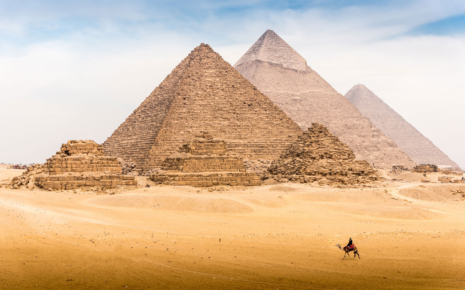 Archaeologists Just Unearthed an Ancient Egyptian Village Older Than the Great Pyramids of Giza