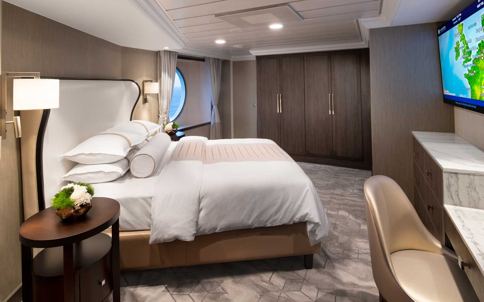 Club Ocean Suite on board the Azamara Pursuit