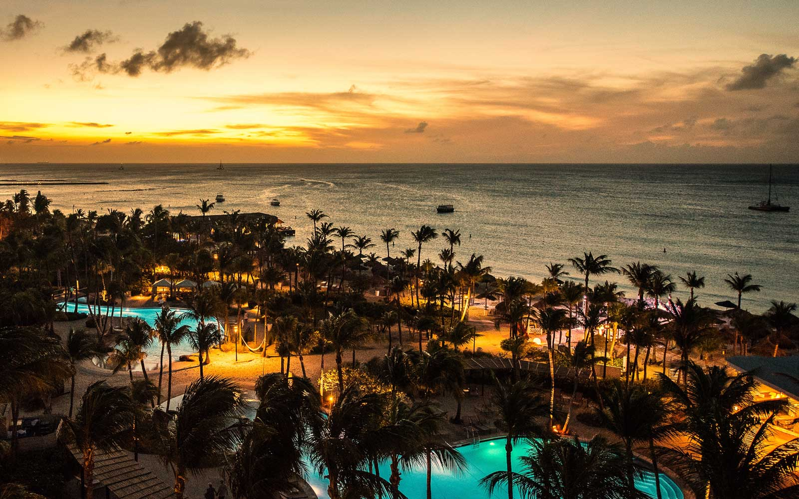 Save 33% off Stays at Hilton Aruba Caribbean Resort & Casino