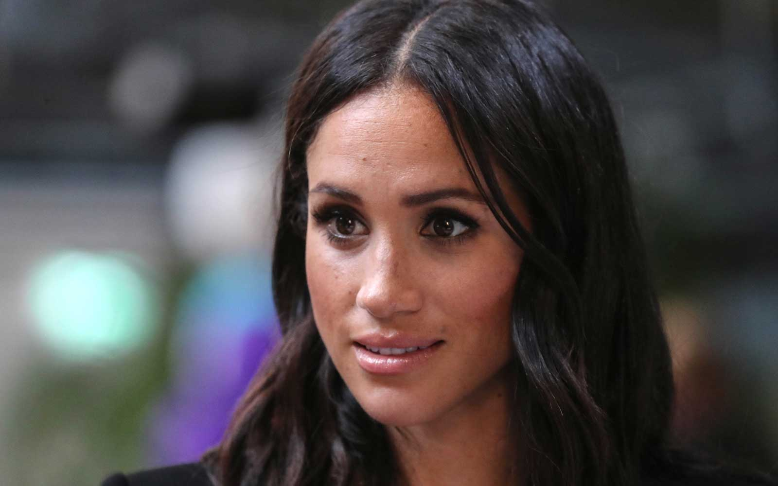 How Meghan Markle Shops at Whole Foods Without Anyone Noticing