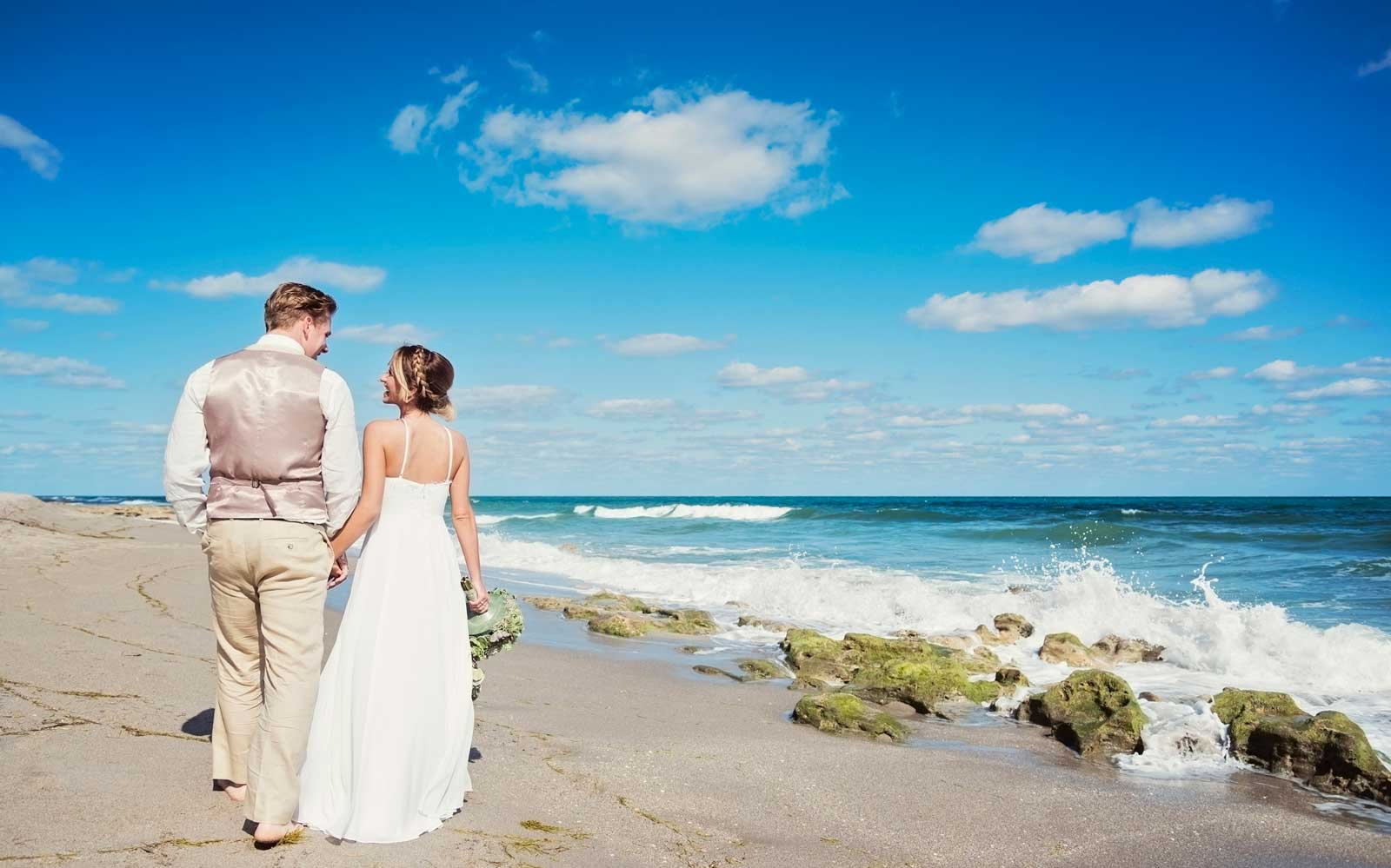 Bride and Groom on the beach in Florida