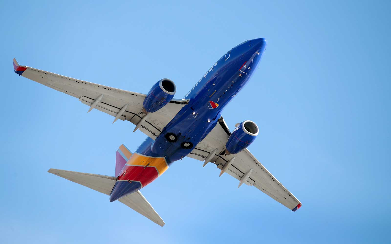 Southwest Is the Latest Airline to Add Free Messaging on Flights