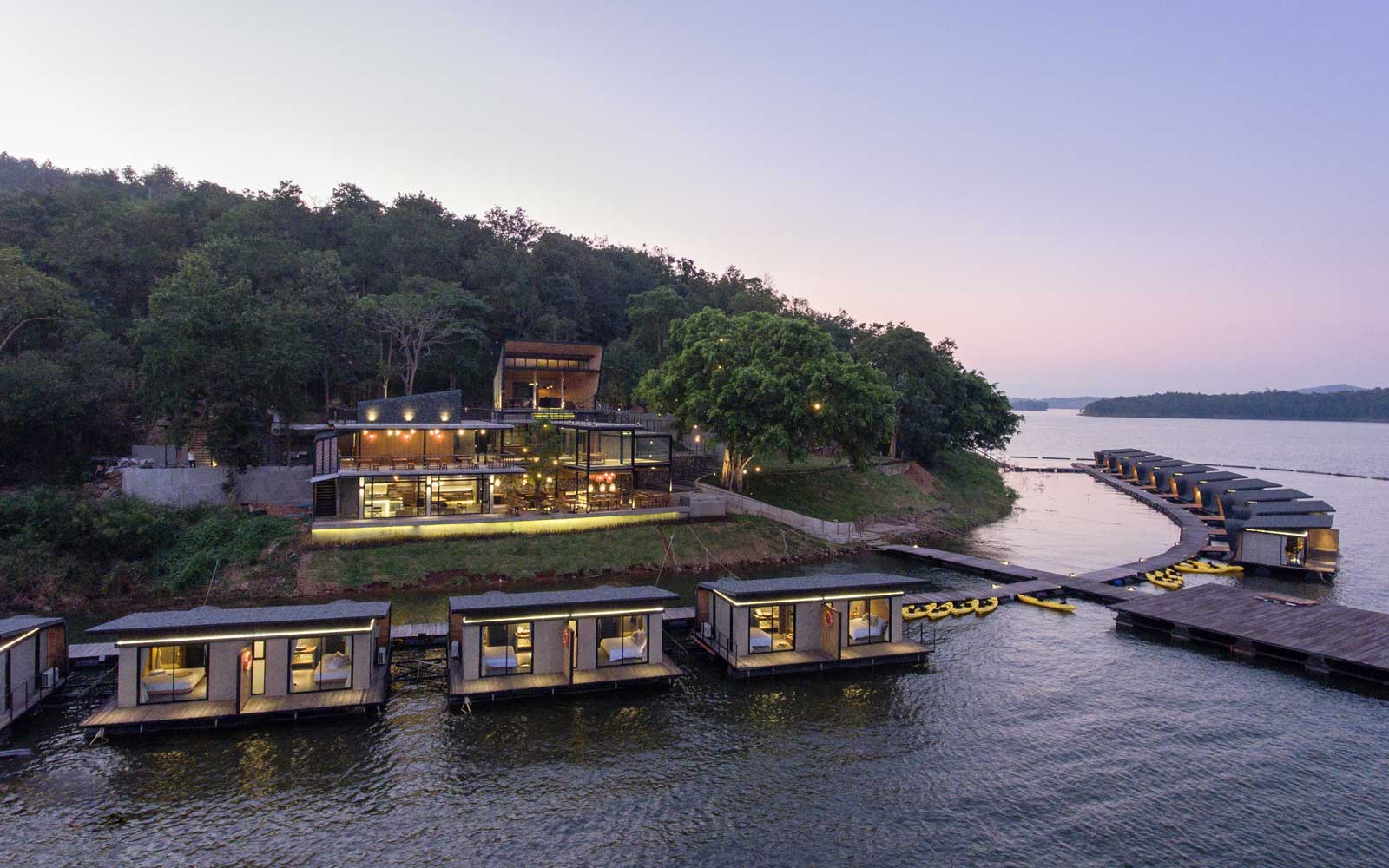 Thailand's Z9 floating hotel at dusk
