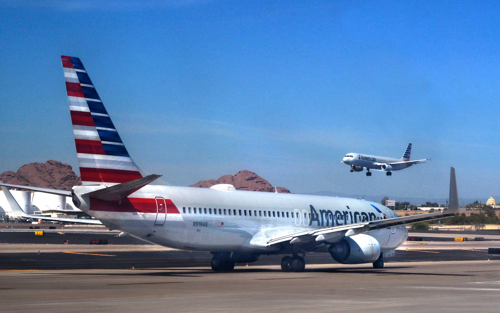 American Airlines plane in Phoenix