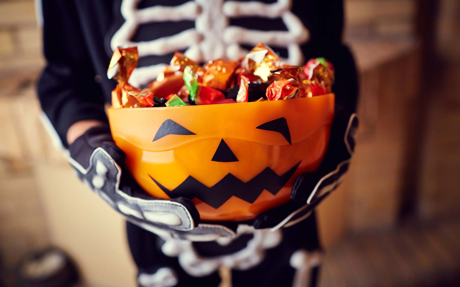 Here's Why You Can't Stop Eating Halloween Candy