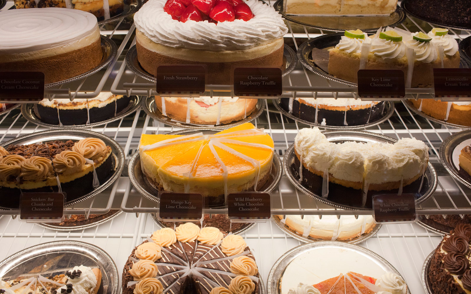 The Cheesecake Factory Will Deliver Free Cheesecake to Your Door for Halloween