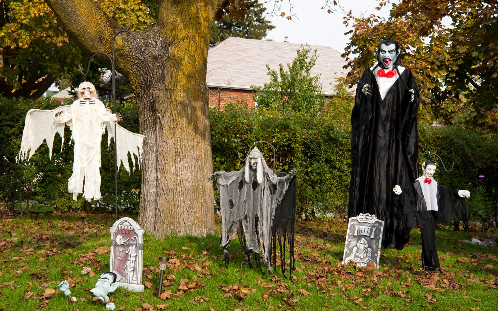House Dressed Up For Halloween