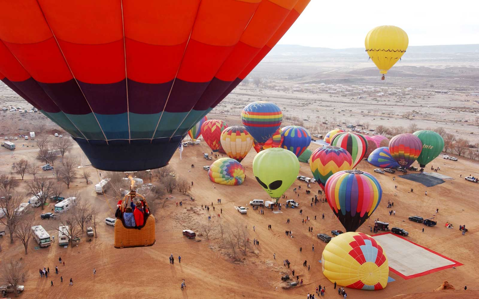 New Mexico's Sky Will Be Filled With Colorful Hot Air Balloons This Weekend — Here's What It's Like to Take a Ride