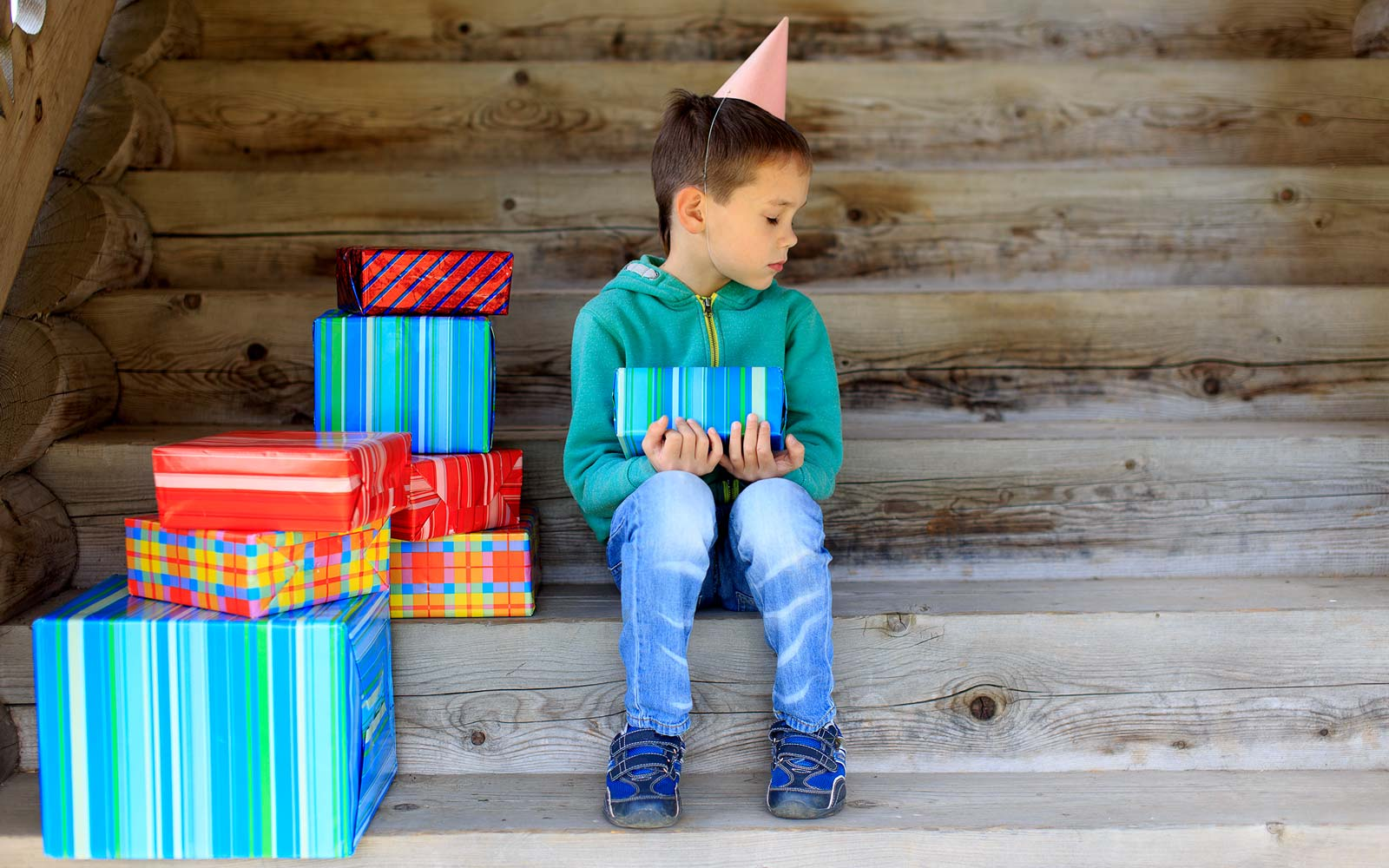 6-year-old-boy Celebrated His Birthday Alone – Now Everyone Around the World Is Wishing Him a Happy Birthday