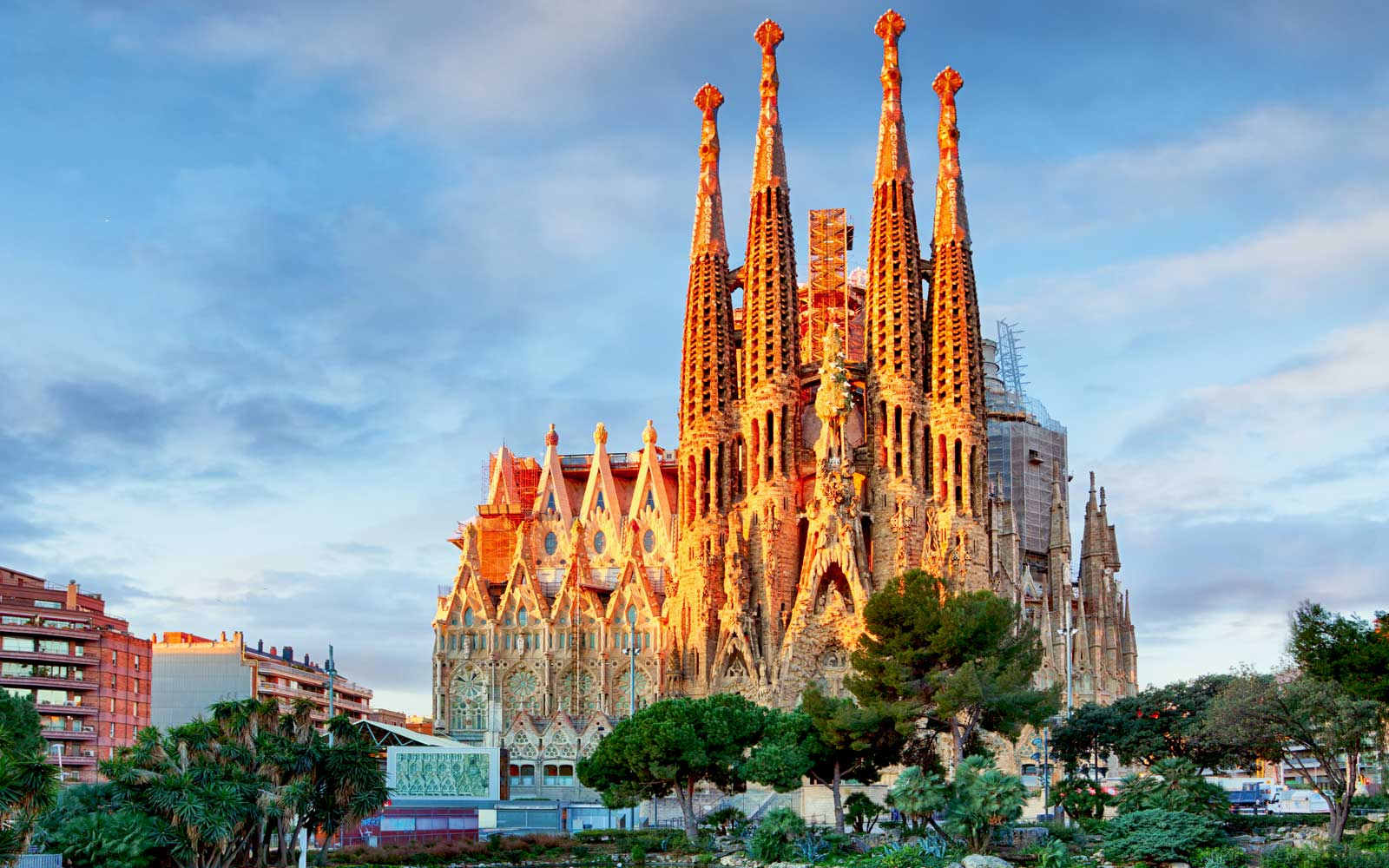 Barcelona's Sagrada Familia Has to Pay 136 Years' Worth of Fines Because It Didn't Have a Building Permit (Video)