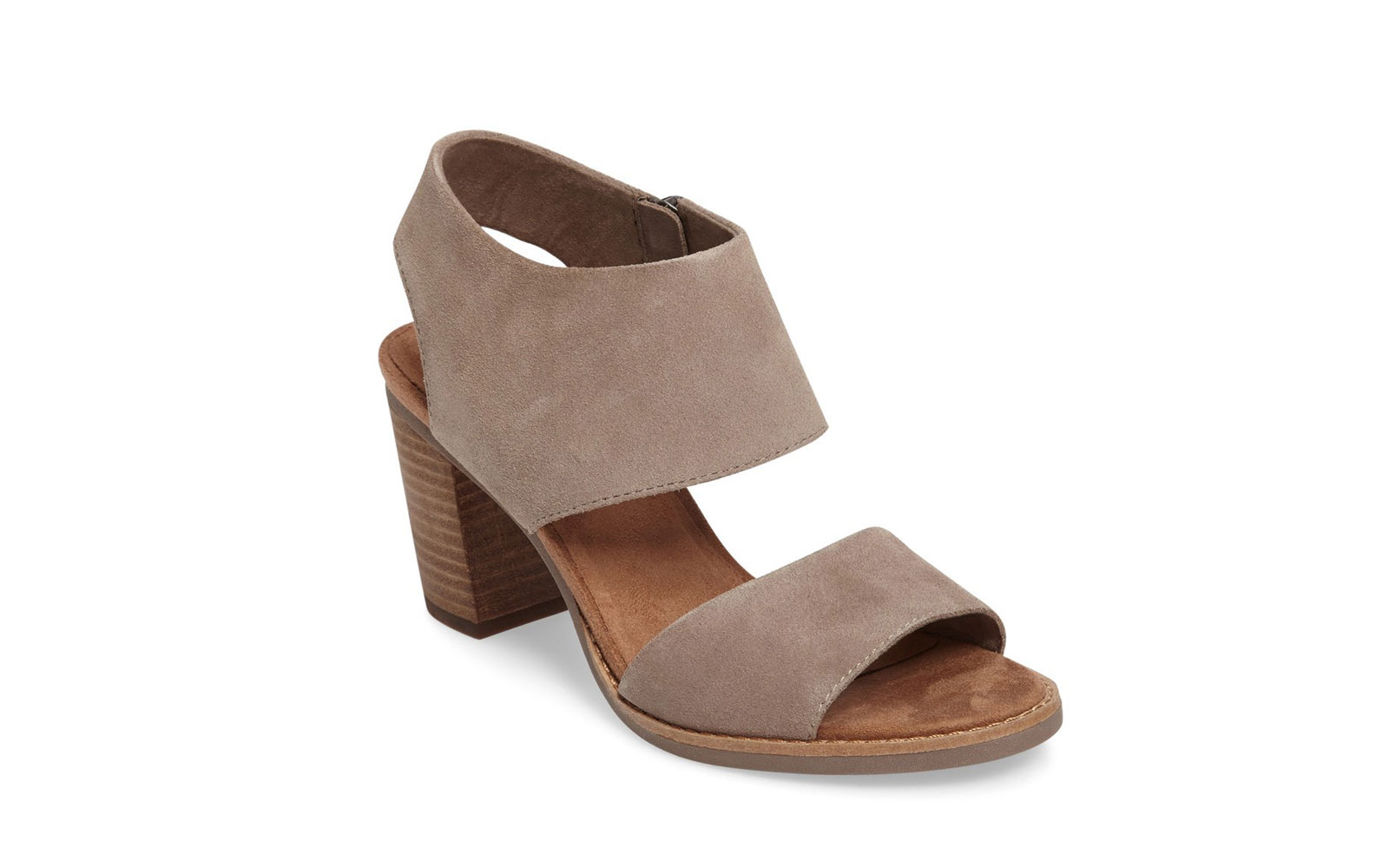 a2411beef51 The Best Heels to Wear While Traveling