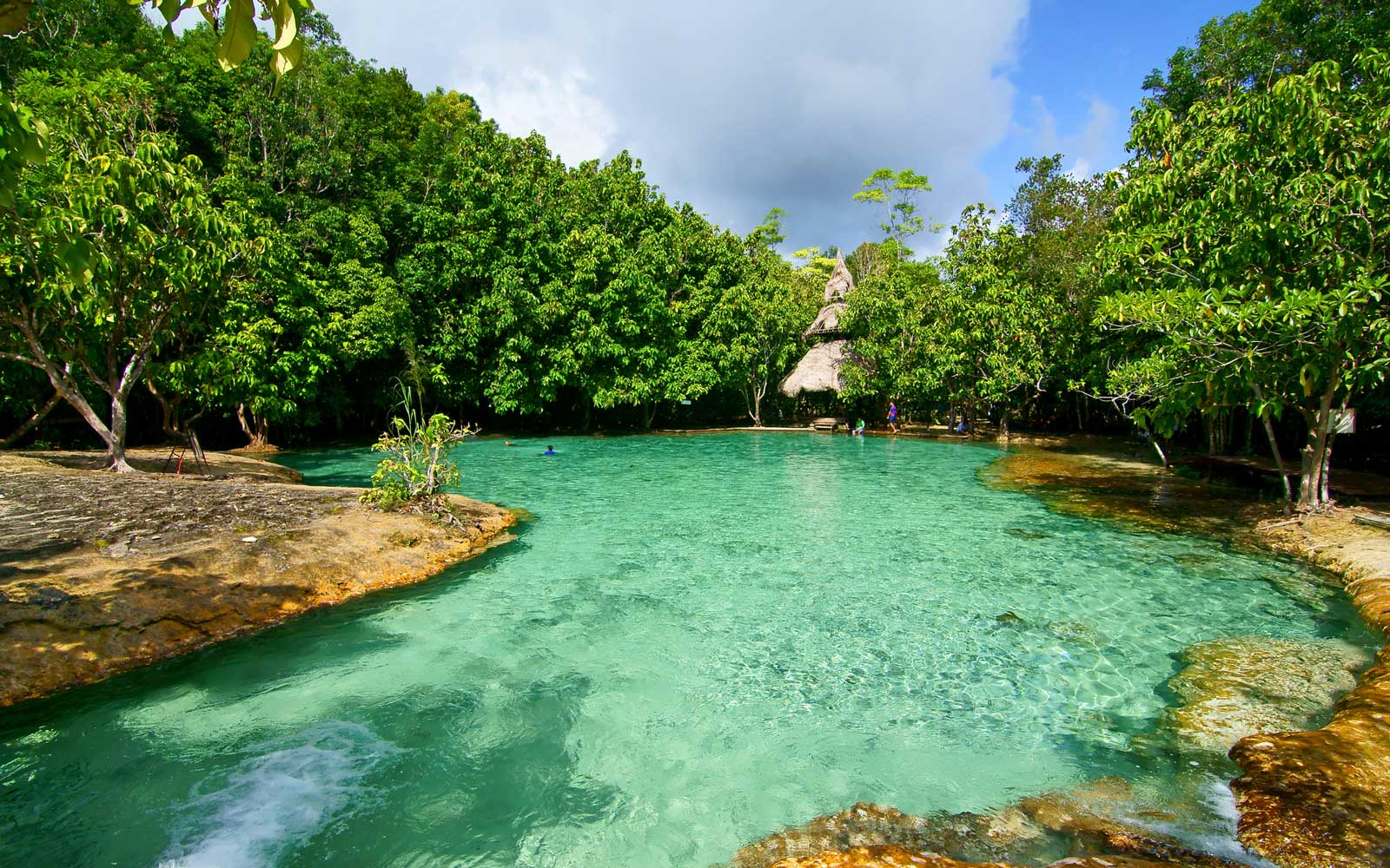 These Otherworldly Natural Pools in Thailand Are Always Vivid Blue and Green