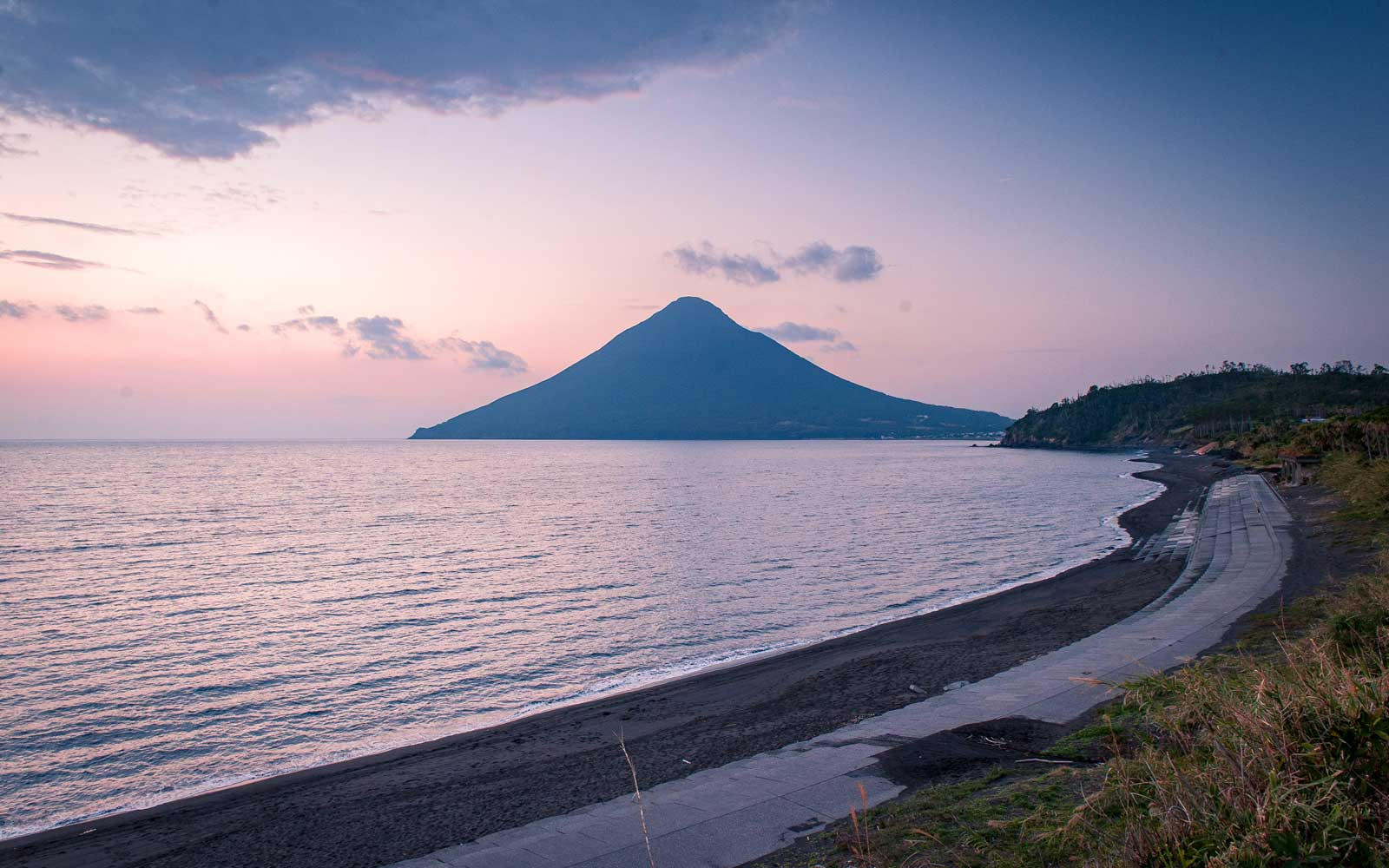 The Essential 4-day Itinerary Around Kyushu, According to T+L A-List Travel Advisor Tesia Smith