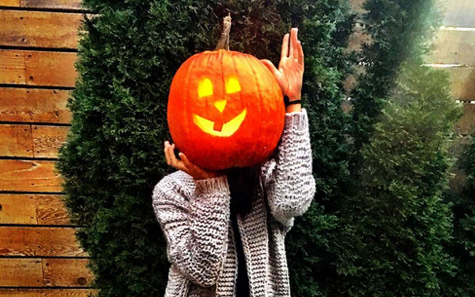 Meghan Markle Posted This Cheeky Pic During Her Secret Halloween Visit From Prince Harry in 2016