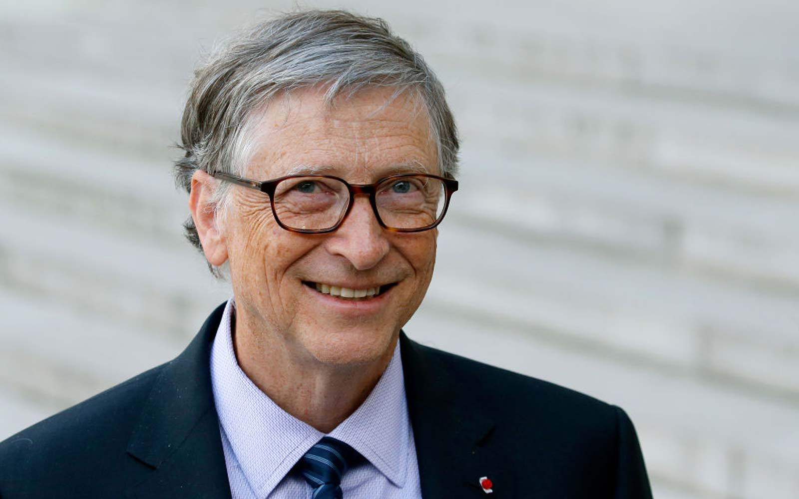 The 5 Books Bill Gates Recommends Gifting This Holiday Season