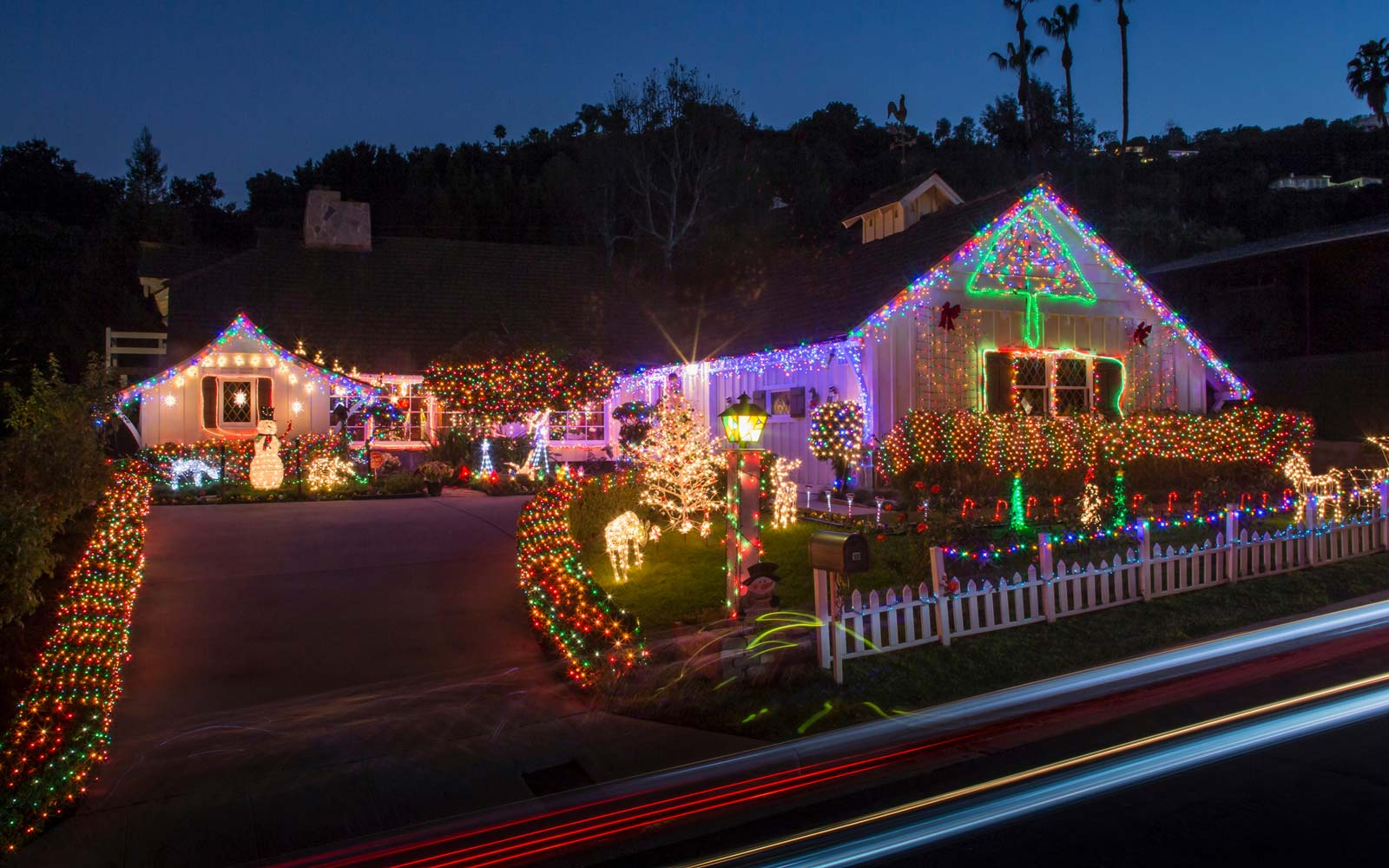 Families Who Spend Thousands of Dollars a Year on Christmas Light Displays Explain Their Obsession