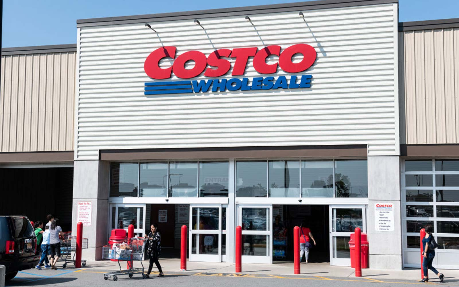 The Real Reason Costco and Sam's Club Check Your Receipts May Surprise You (Video)