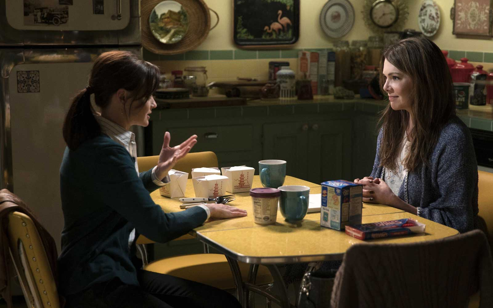 'Gilmore Girls' Fans Can Have a Holiday Feast at Lorelai's House in Stars Hollow This Year