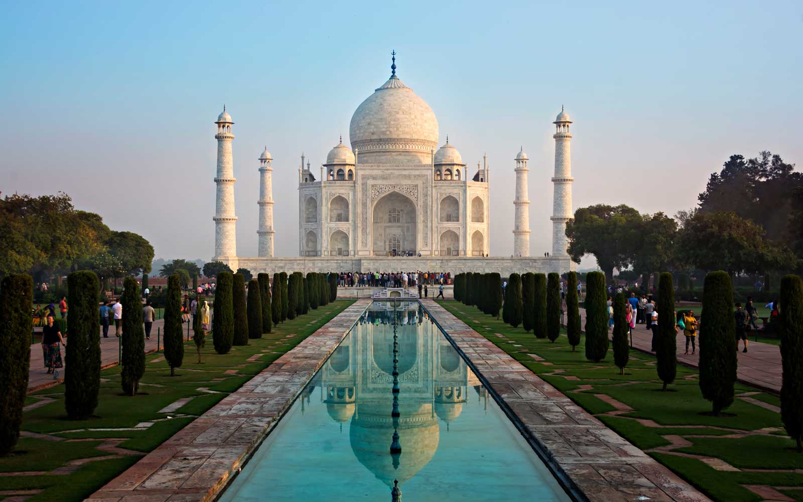 Taj Mahal Entry Fees Are Getting More Expensive