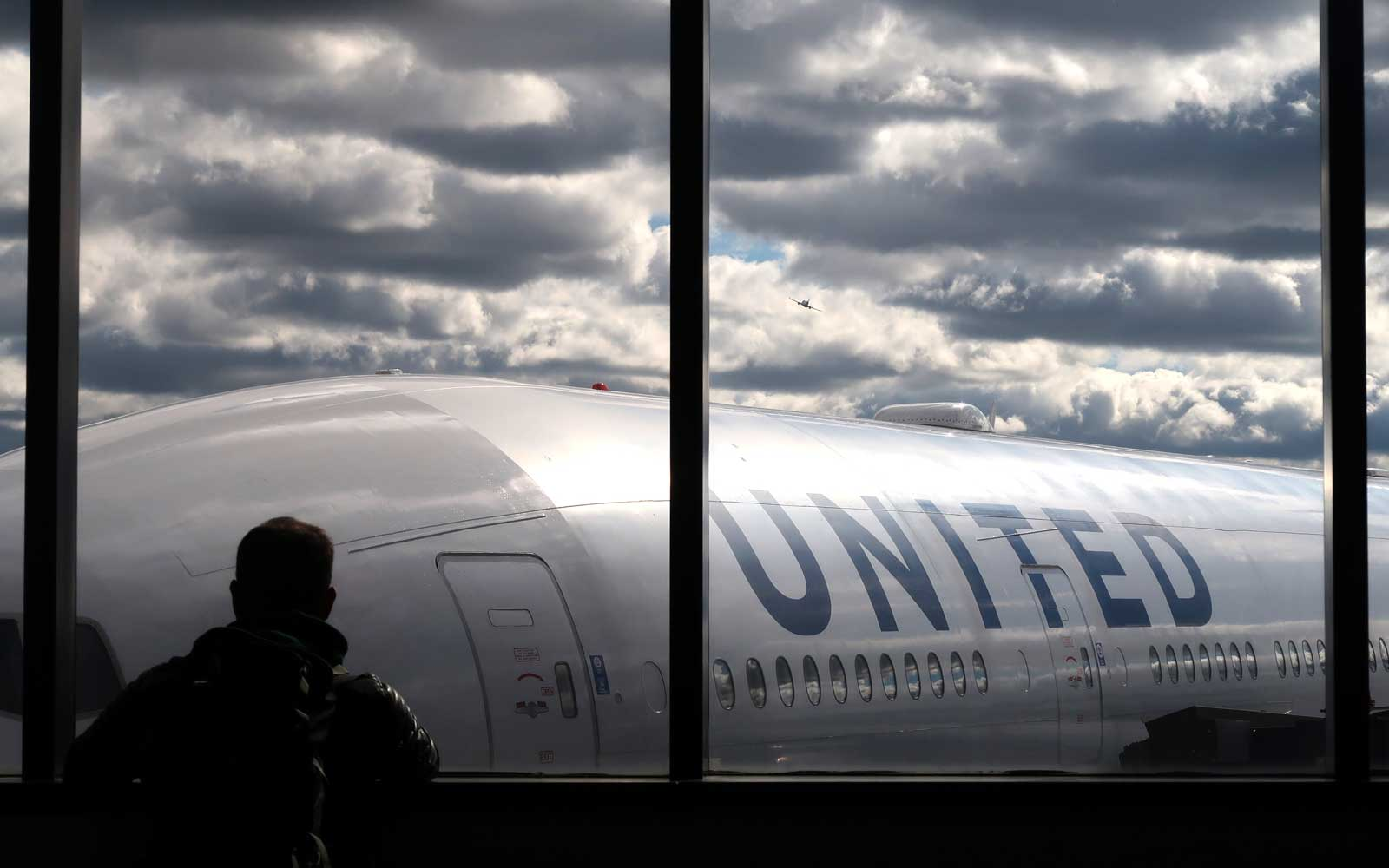 United Will Now Charge Extra for Some Economy Seats That Aren't Even Premium