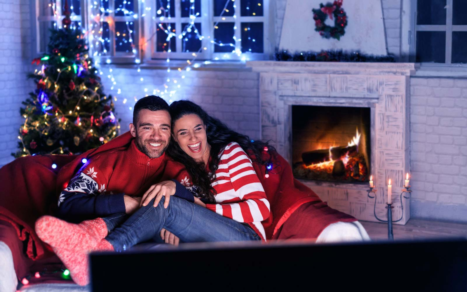 Here's the Real Reason Those Cheesy Hallmark Christmas Movies Are so Irresistible
