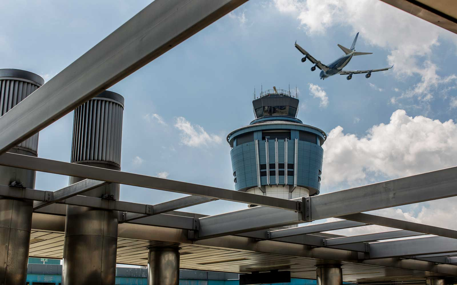 Staffing Shortages Are Halting Flights to LaGuardia and Causing Delays Across the East Coast