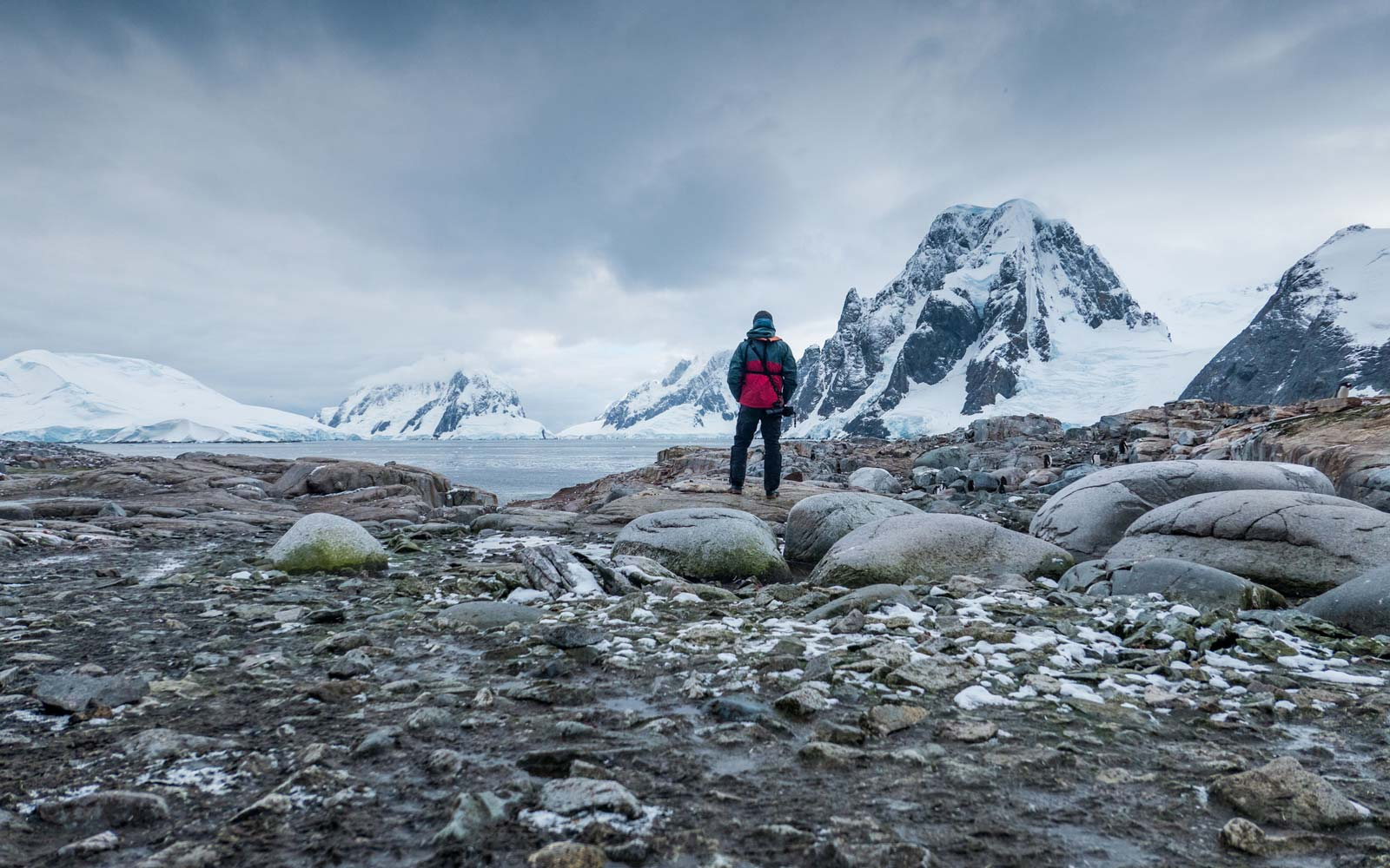 The First Person to Cross Antarctica Alone Says These 2 Mantras Were Crucial to His Success