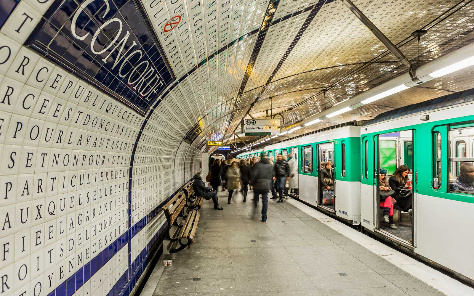 Paris Will Offer Free Public Transit to Children Under 11