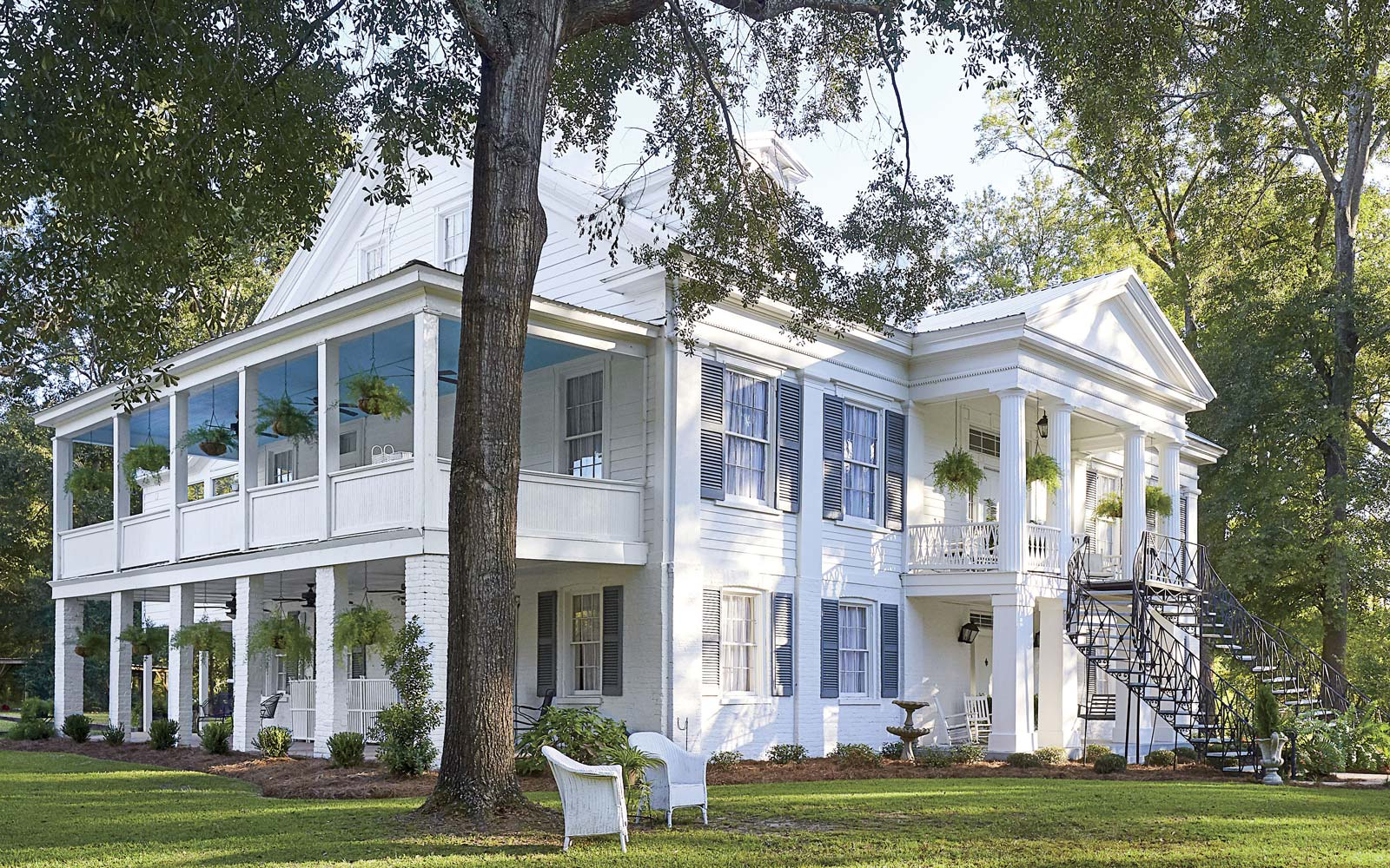 This 22-year-old Restored Her Family's 1832 Home in Alabama — and Now You Can Stay in It