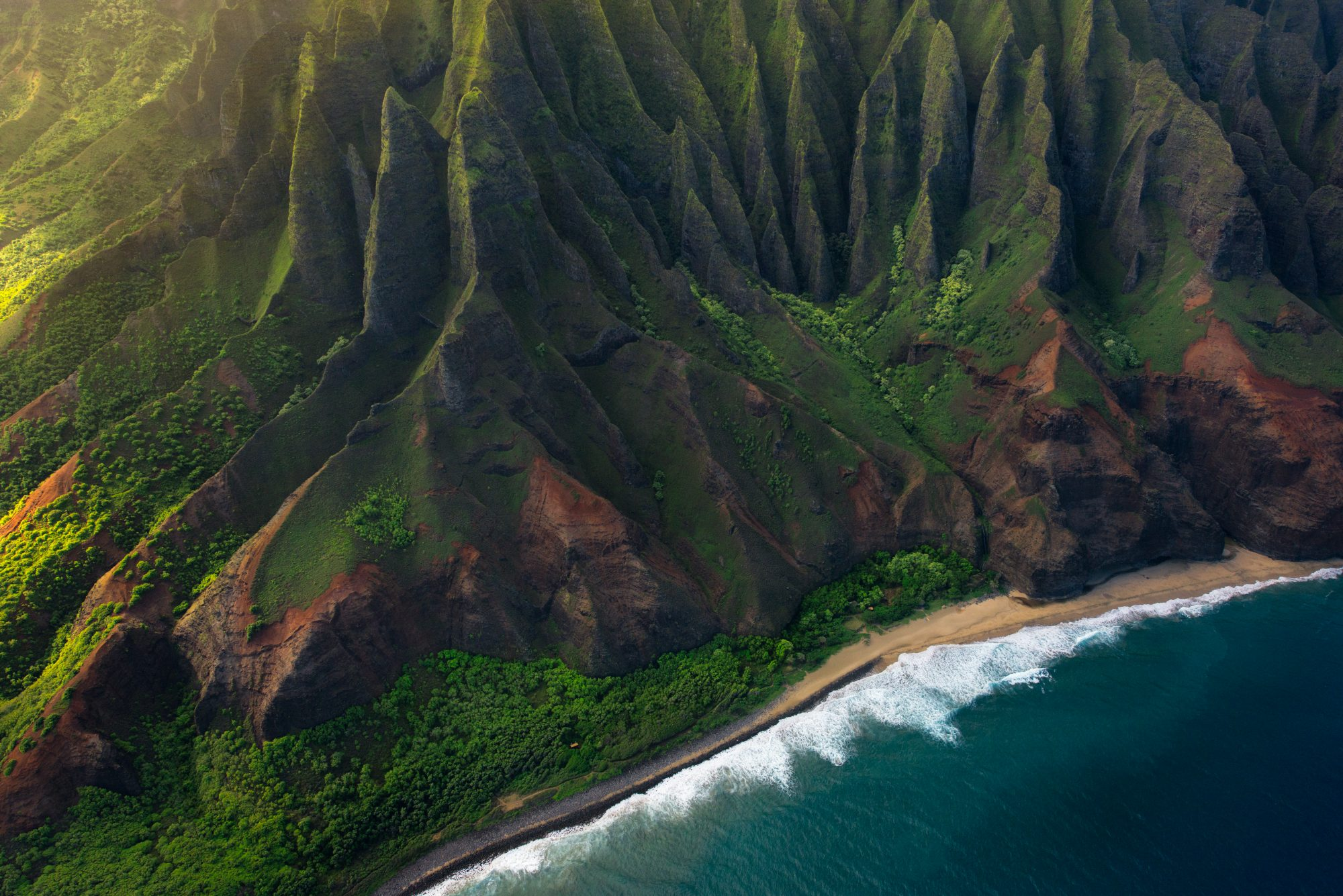 Book a Flight to Hawaii for As Cheap As $298 Round-trip Right Now