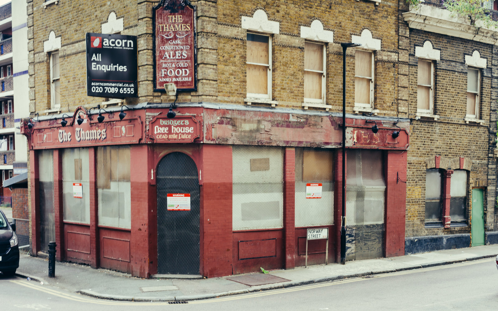 14 British Pubs Are Closing Every Week — Here's the Sad Reason Why