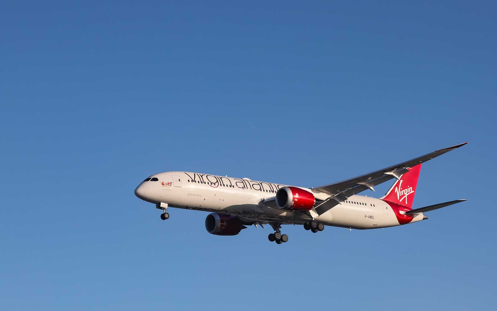 A Virgin Atlantic Flight Just Broke a Record by Hitting 801 MPH on Its Way From L.A. to London