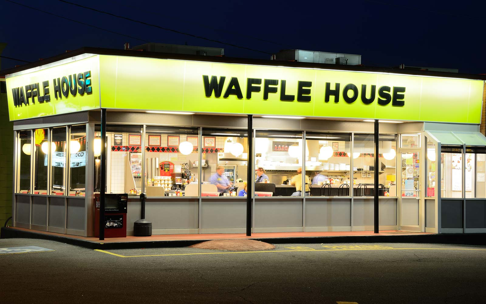 You Can Have a Candlelit Date at Waffle House for Valentine's Day This Year